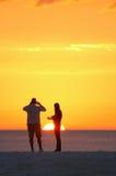 Het paar van de zonsondergang Royalty-vrije Stock Fotografie