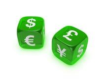 Het paar van doorzichtige groen dobbelt met muntteken Stock Afbeeldingen