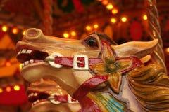 Het paardhoofd van de carrousel stock afbeelding