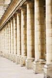 Het Palais Royal van kolommen royalty-vrije stock fotografie