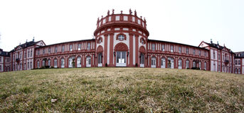 Het Paleis van Biebrich in Wiesbaden Stock Afbeeldingen