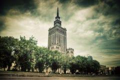 Het Paleis van Cultuur en Wetenschap, Warshau, Polen. Retro, wijnoogst Stock Foto's
