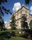 Het paleis van Dolmabahce in Istanboel Stock Afbeelding