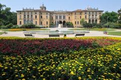 Het paleis van Dugnani van Palazzo in Milaan, Italië Stock Fotografie