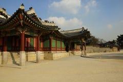 Het paleis van het houtkader in Azië Stock Foto