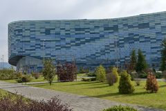 Het Paleis van ijsbergwintersporten, dat tijdens de Winst van 2014 werd gebruikt Stock Afbeeldingen