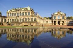 Het paleis van Zwinger in Dresden Stock Afbeeldingen