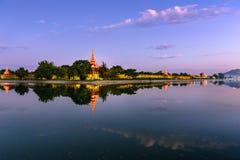 Het Paleisgracht van Mandalay royalty-vrije stock afbeelding