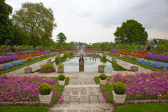 Het paleistuin van Kensington, Londen royalty-vrije stock afbeeldingen