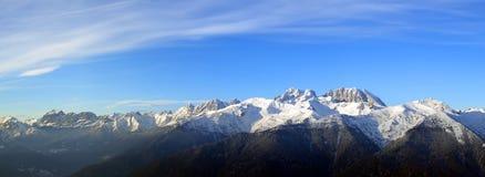 Het panorama van alpen Royalty-vrije Stock Afbeeldingen