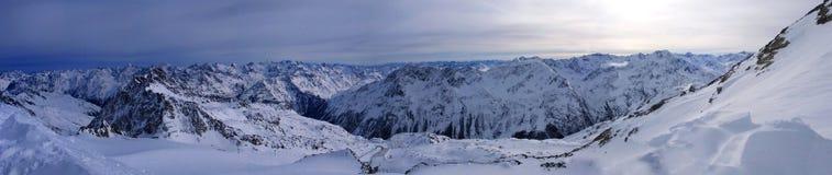 Het panorama van bergen Royalty-vrije Stock Afbeelding