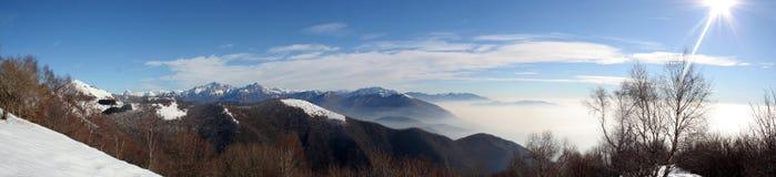 Het Panorama van bergen Stock Afbeeldingen