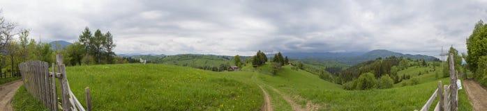 Het panorama van bergen Royalty-vrije Stock Afbeeldingen
