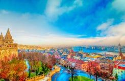 Het panorama van Boedapest van de Citadel met bruggen en de Pa Royalty-vrije Stock Fotografie