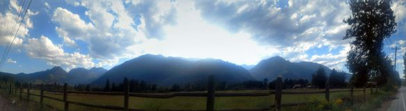 Het panorama van de berg royalty-vrije stock afbeeldingen