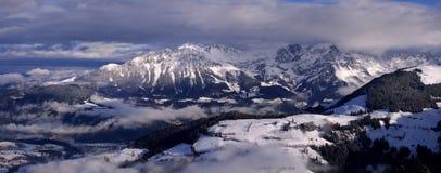 Het panorama van de berg royalty-vrije stock foto's