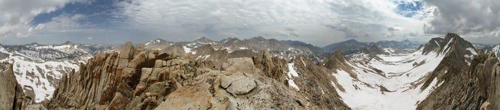 360 het Panorama van de bergtop Stock Afbeelding