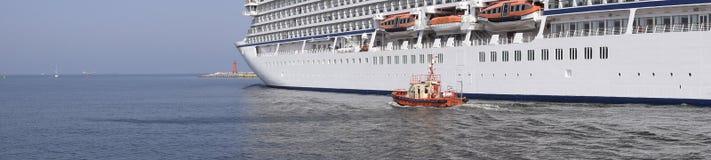Het panorama van de cruisevoering Stock Foto