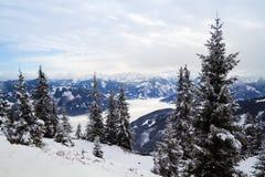 Het panorama van de de winterberg van Zell am ziet Royalty-vrije Stock Foto's