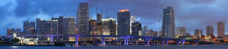 Het Panorama van de hoge Resolutie, Miami Van de binnenstad Florida royalty-vrije stock fotografie