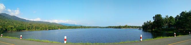Het panorama van het de Irrigatiereservoir van Huay turng tao Stock Foto's