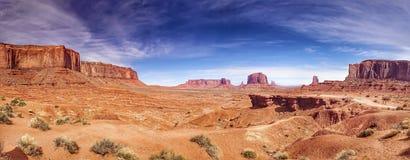 Het panorama van de monumentenvallei Royalty-vrije Stock Foto's