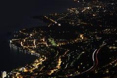 Het panorama van de nacht Montreux, Vevey en Zwitserse riviera Royalty-vrije Stock Foto