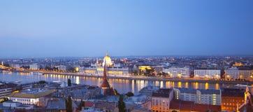 Het panorama van de nacht van Budapes Stock Fotografie
