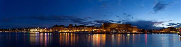 Het panorama van de nacht van Stockholm royalty-vrije stock foto's