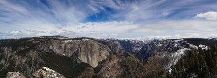 Het Panorama van de Rand van de Vallei van Yosemite Stock Foto's