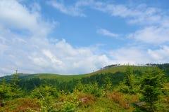 Het panorama van een Beskydy-bergen strekt zich in Malinowska Skala, Szczyrk, Silezische Beskid, Polen uit Royalty-vrije Stock Fotografie