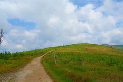 Het panorama van een Beskydy-bergen strekt zich in Malinowska Skala, Szczyrk, Silezische Beskid, Polen uit Stock Afbeelding
