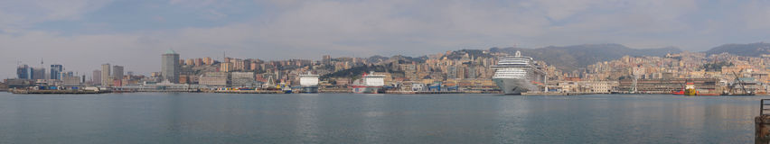 Het panorama van Genua royalty-vrije stock foto's