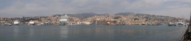 Het panorama van Genua stock foto's