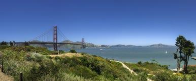 Het panorama van golden gate bridge Stock Afbeeldingen