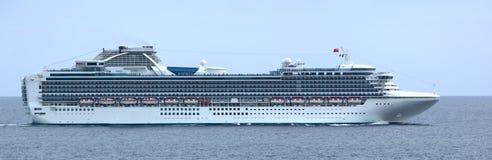 Het Panorama van het Schip van de Cruise van de luxe royalty-vrije stock afbeelding