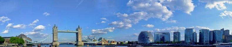 Het panorama van het stadhuis Stock Fotografie