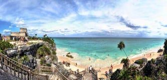 Het Panorama van het Strand van Tulum, Mayan Riviera, Mexico Stock Foto's