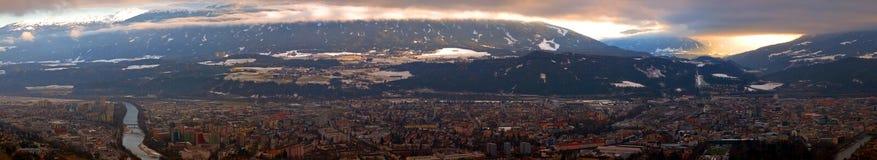 Het panorama van Innsbruck stock foto