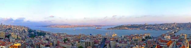 Het panorama van Istanboel stock afbeelding