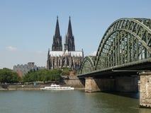 Het panorama van Koeln Stock Fotografie