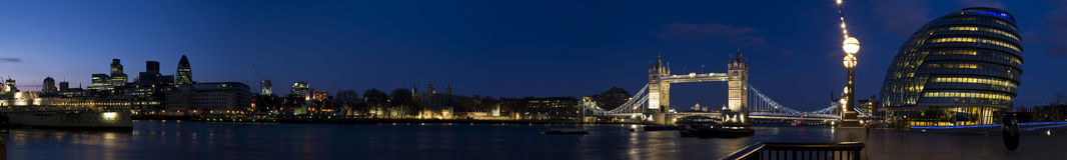 Het Panorama van Londen van Cantral Royalty-vrije Stock Afbeeldingen