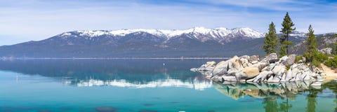 Het panorama van meertahoe royalty-vrije stock fotografie