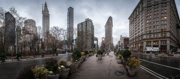 Het panorama van New York met beroemde wolkenkrabber royalty-vrije stock foto's
