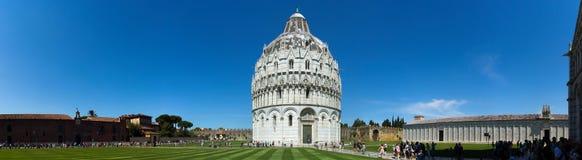 Het Panorama van Pisa Battistero Stock Foto