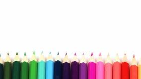 Het panorama van potloden schikt binnen in kleurenwiel stock video