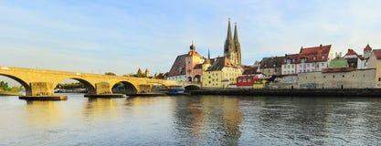 Het panorama van Regensburg Stock Foto