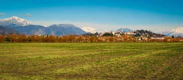 Het panorama van San Daniele stock afbeelding