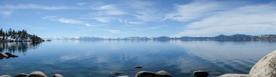 Het panorama van Tahoe van het meer stock afbeeldingen
