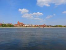 Het panorama van Torun stock afbeeldingen